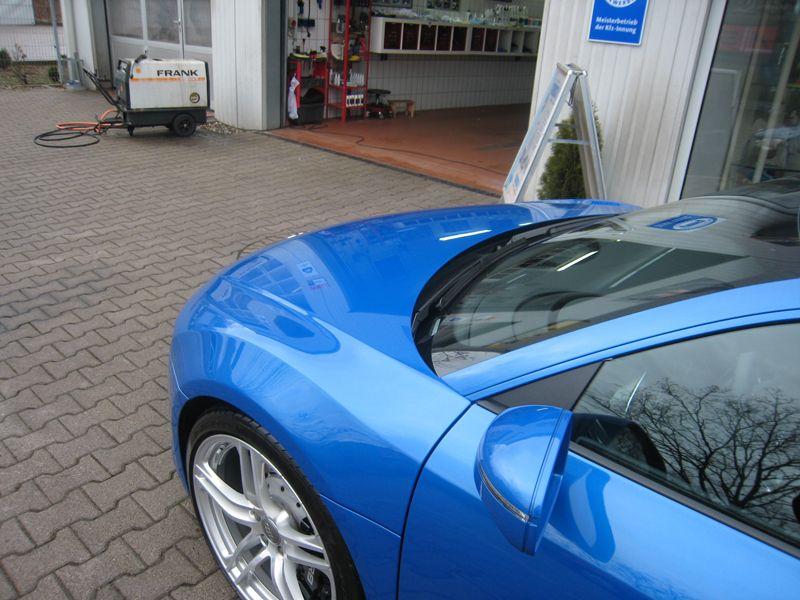 media/image/Audi_A8_blau_nachher_Motorhaube.jpg